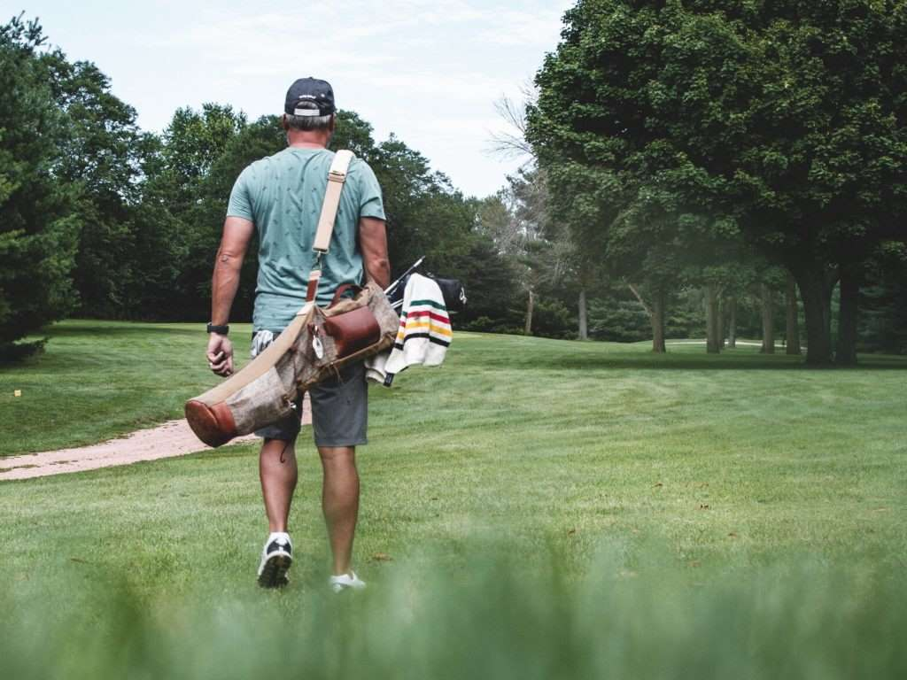Golf-Wisely-walking during covid-19